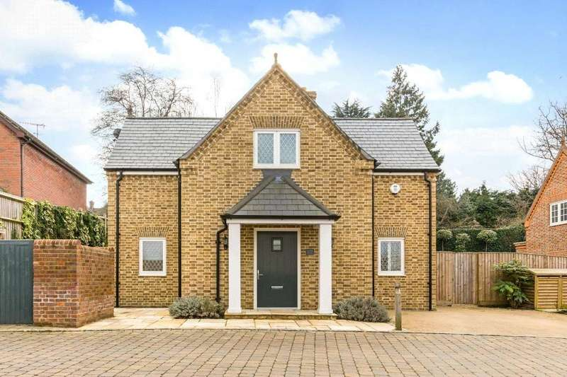 3 Bedrooms Detached House for sale in Kitsbury Road, Berkhamsted, Hertfordshire, HP4