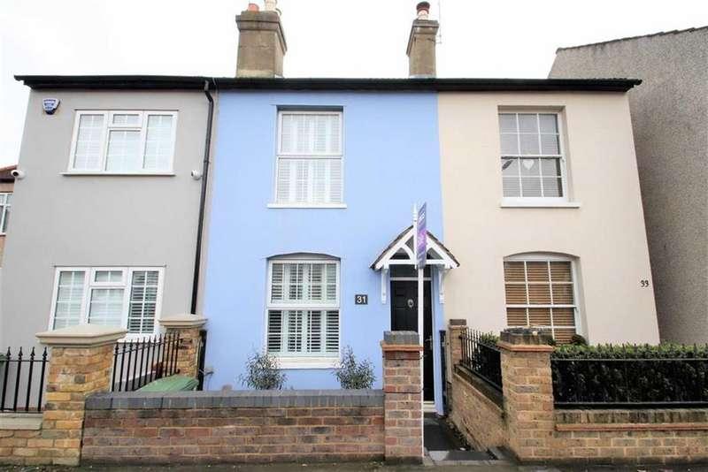2 Bedrooms Terraced House for rent in Upton Road, Bexleyheath, Kent