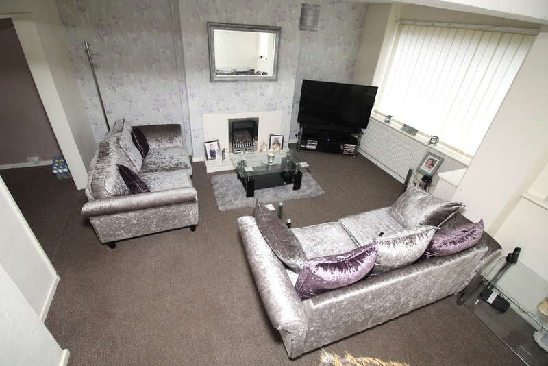 3 Bedrooms Semi Detached House for sale in Sherwell Rise, Allerton