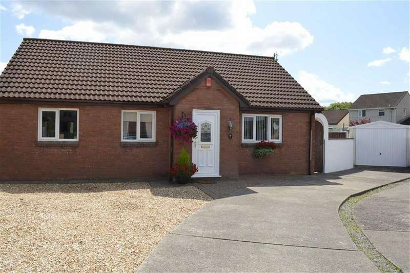 4 Bedrooms Detached Bungalow for sale in Clos Afon Llan, Gowerton, Swansea