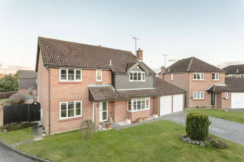 5 Bedrooms Detached House for sale in Five Acres, Cambridge Road, Stansted Mountfitchet, Essex