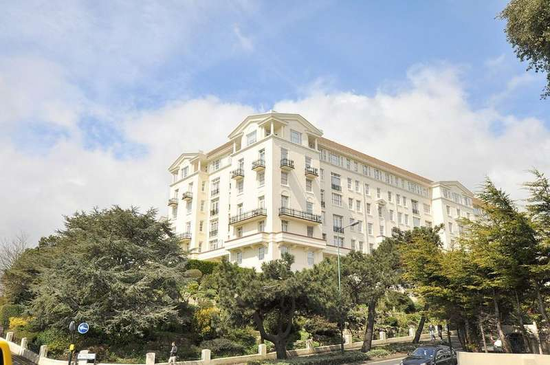 3 Bedrooms Apartment Flat for sale in Bath Hill Court, Bath Road, Bournemouth