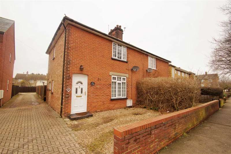 3 Bedrooms Semi Detached House for sale in The Warren, Layer Road, Colchester