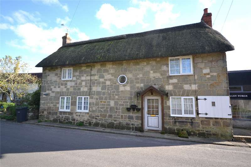 2 Bedrooms End Of Terrace House for sale in The Street, East Knoyle, Salisbury, Wiltshire, SP3