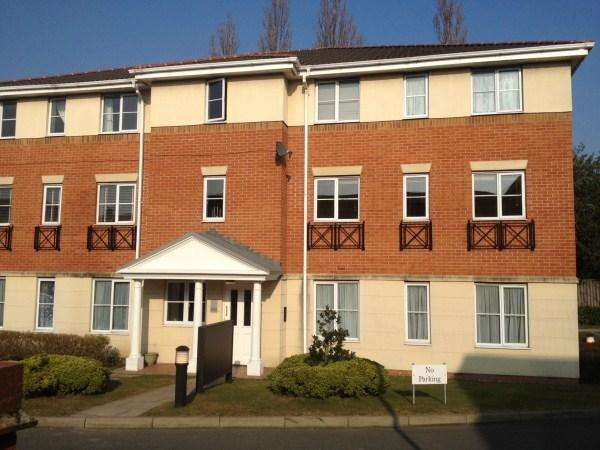 1 Bedroom Flat for sale in PRINCES GATE, WEST BROMWICH, WEST MIDLANDS, B70 6HU