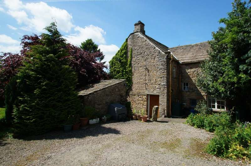 3 Bedrooms Semi Detached House for sale in Lightfoot Hall, Redmire, Leyburn, DL8 4ED