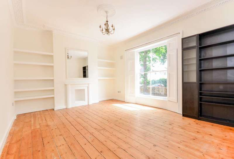 3 Bedrooms Flat for rent in Gipsy Road, West Norwood, SE27