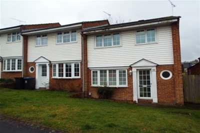 3 Bedrooms End Of Terrace House for rent in Woking Town Centre