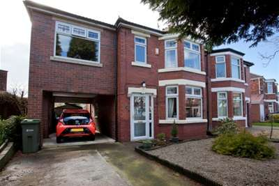 4 Bedrooms Semi Detached House for rent in Melwood Grove, off Beckfield Lane