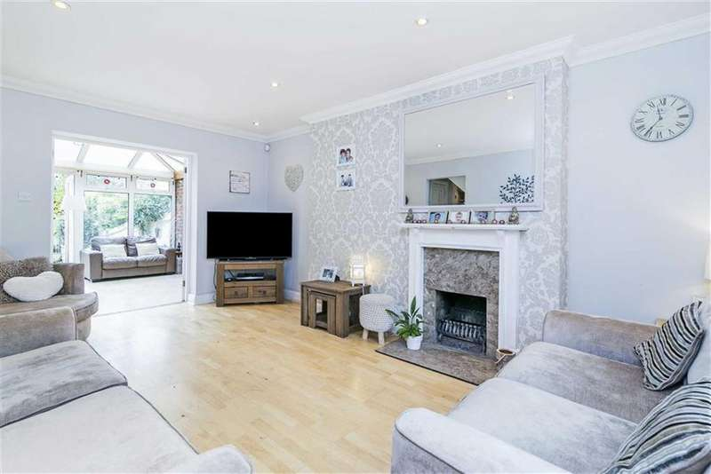 3 Bedrooms Semi Detached House for sale in Hook Road, Epsom, Surrey