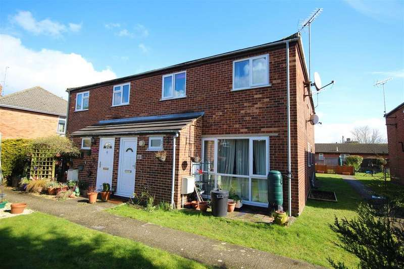 2 Bedrooms Maisonette Flat for sale in Butts Hill Road, Woodley, Reading