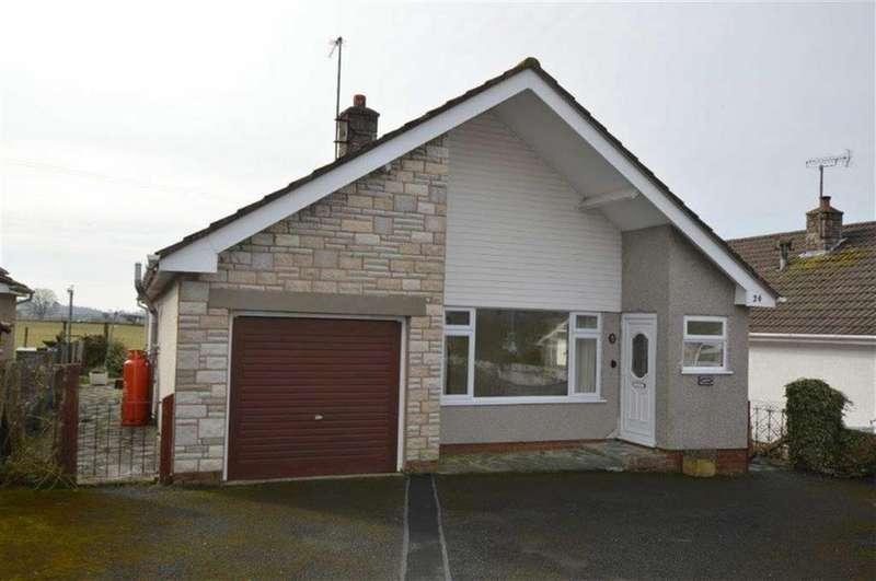 3 Bedrooms Detached House for sale in Arfryn, 24, Y Groesffordd, Bryncrug, Gwynedd, LL36