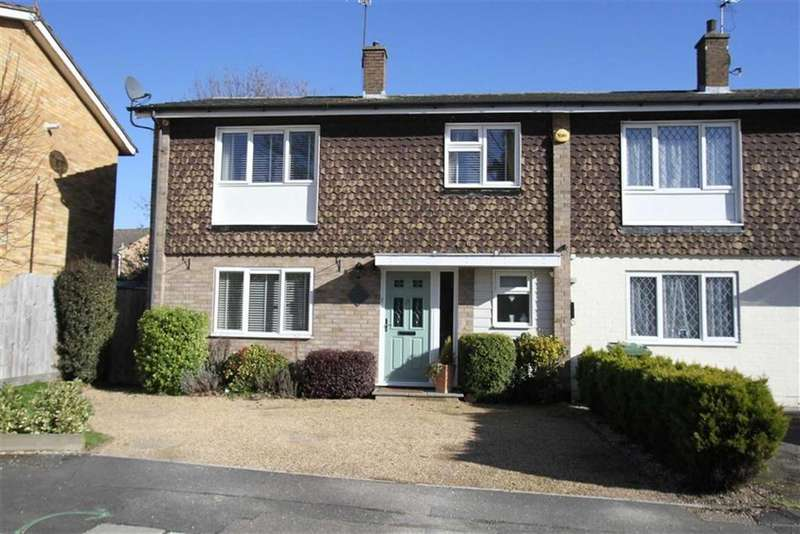 3 Bedrooms Semi Detached House for sale in Beams Way, Billericay