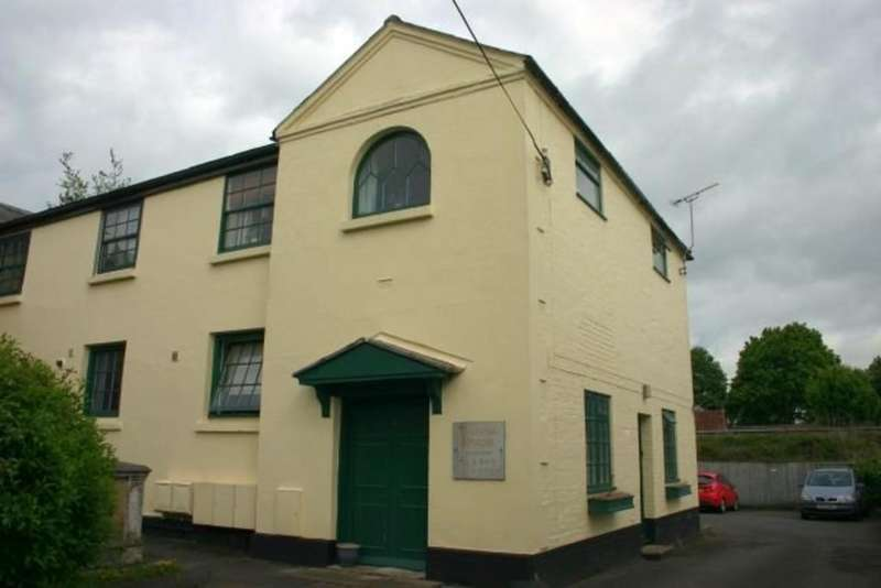 2 Bedrooms Ground Flat for sale in Church Street, Hungerford