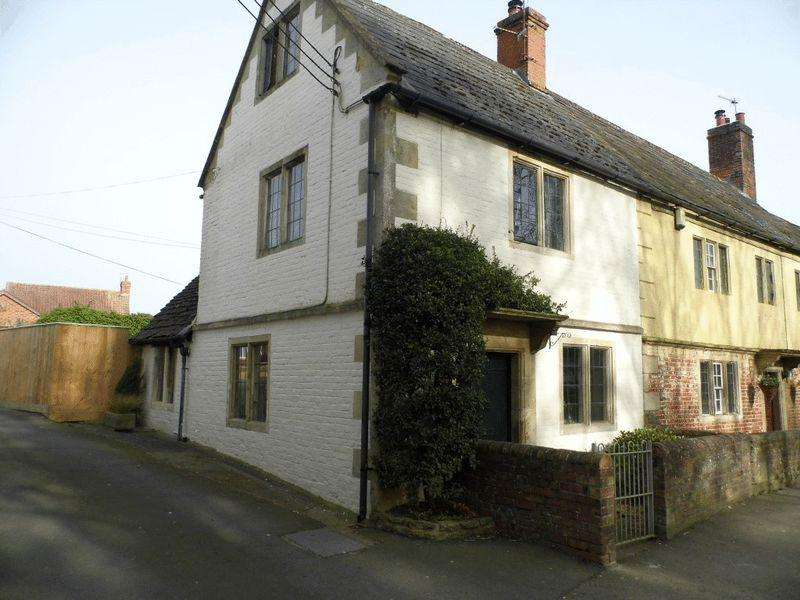 2 Bedrooms Terraced House for rent in High Street, Seend