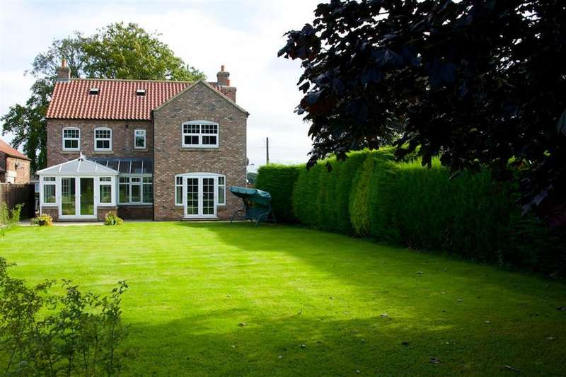 5 Bedrooms Detached House for rent in Sessay, Thirsk, YO7 3BE