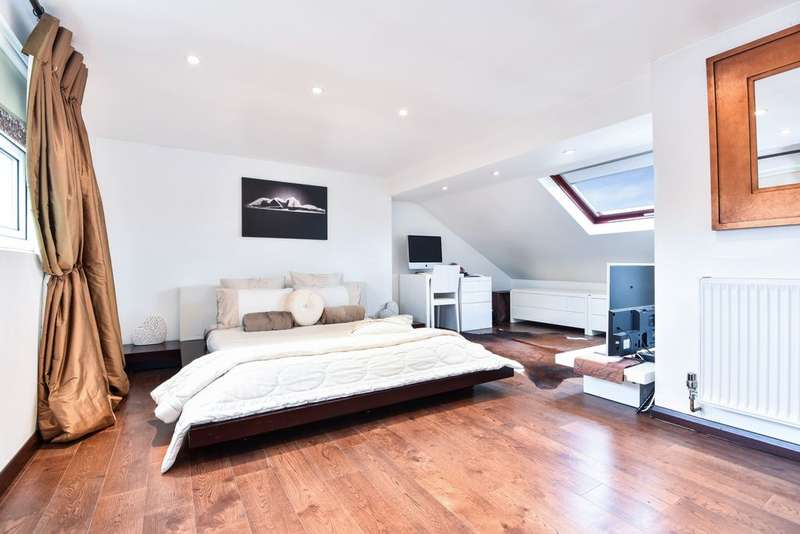 4 Bedrooms Semi Detached House for sale in de Frene Road, Sydenham, SE26