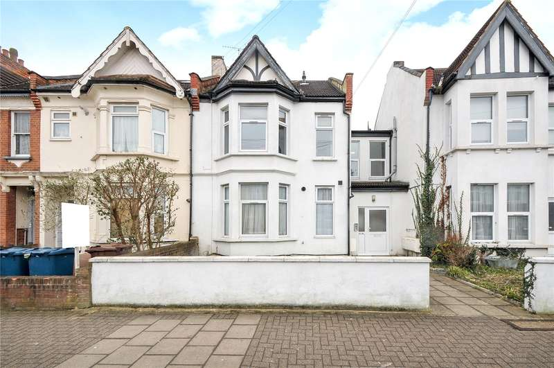 2 Bedrooms Maisonette Flat for sale in Welldon Crescent, Harrow, Middlesex, HA1