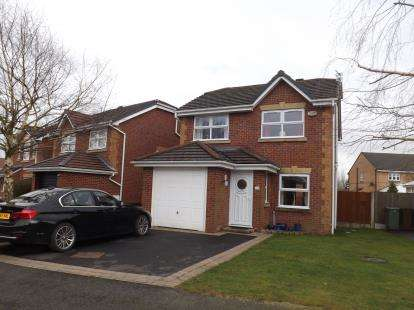 3 Bedrooms Detached House for sale in Waltersgreen Crescent, Golborne, Warrington, Greater Manchester