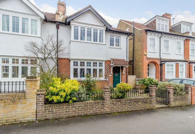 4 Bedrooms Semi Detached House for sale in Kingston Upon Thames