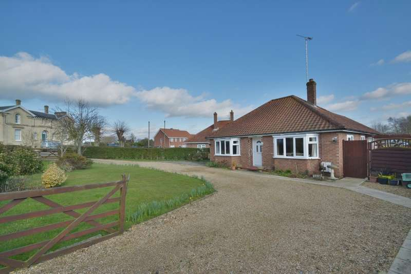 3 Bedrooms Detached Bungalow for sale in Station Road, Harleston