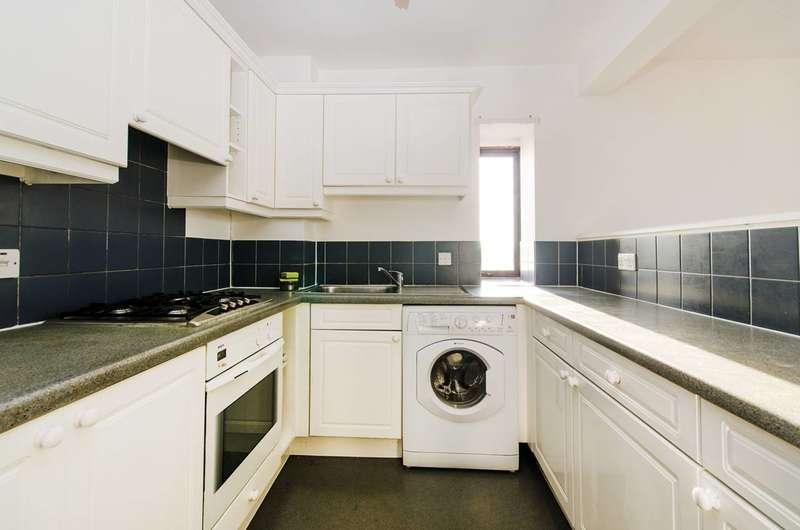 2 Bedrooms Flat for sale in Nash Way, Kenton, HA3