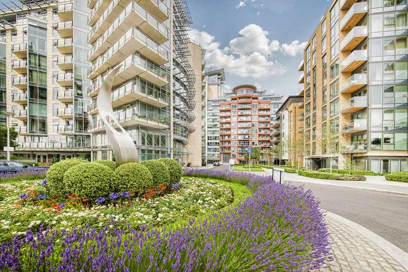 3 Bedrooms Apartment Flat for sale in Flotilla House, Battersea Reach SW18
