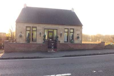 3 Bedrooms Cottage House for rent in Braefoot Cottage, Motherwell