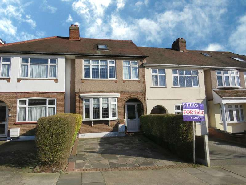 4 Bedrooms Terraced House for sale in Mount Pleasant Road, Collier Row