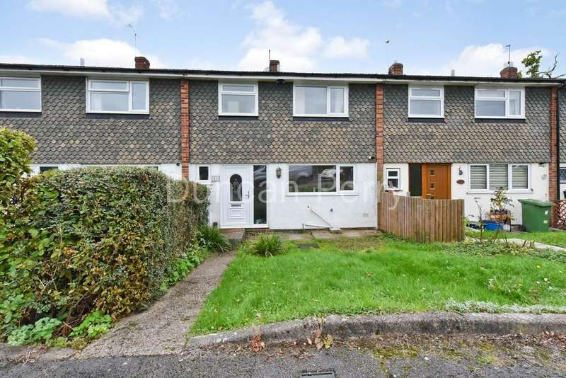 3 Bedrooms Terraced House for sale in Trewenna Drive, Potters Bar, Herts