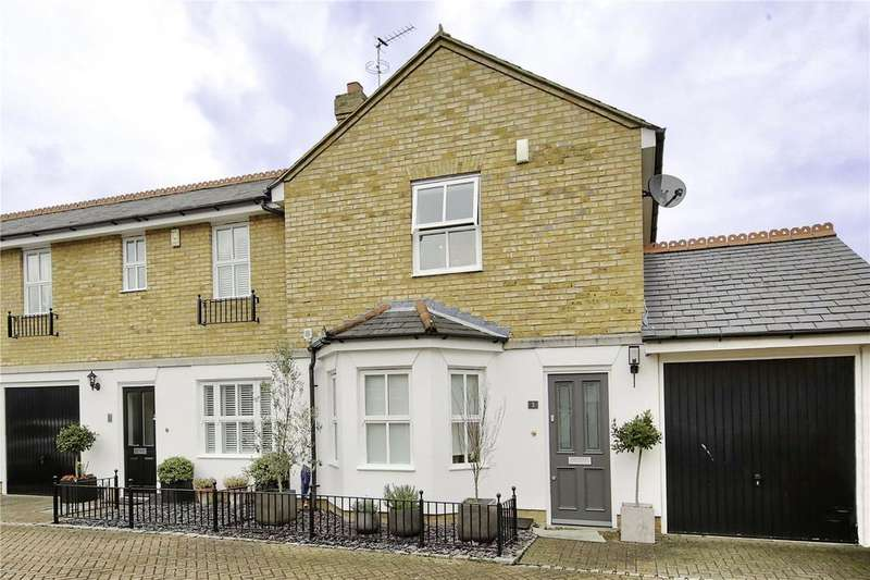 2 Bedrooms End Of Terrace House for rent in Dells Close, Teddington, TW11