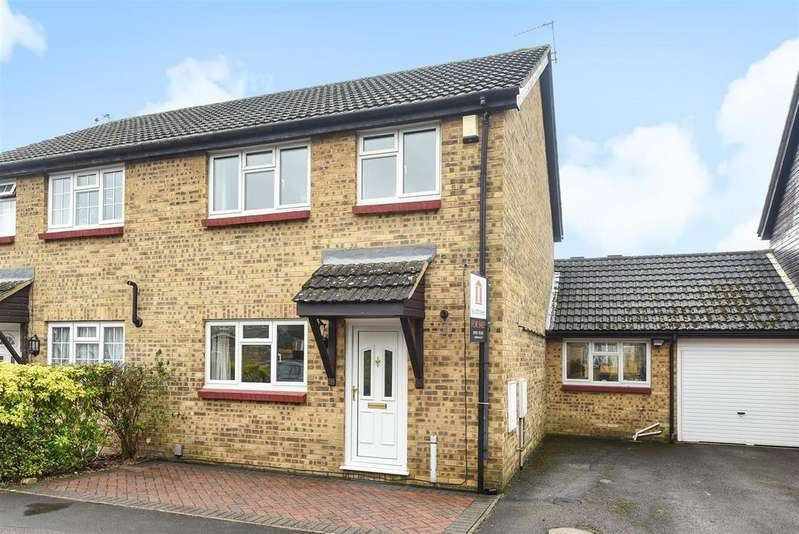 3 Bedrooms Semi Detached House for sale in Burwell Meadow, Witney