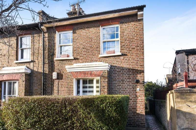 4 Bedrooms End Of Terrace House for sale in Calvert Road London SE10