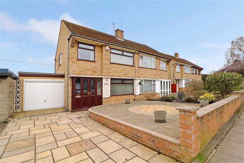 3 Bedrooms Semi Detached House for sale in Trentley Road, Trentham, Stoke-on-Trent
