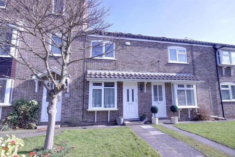 2 Bedrooms Terraced House for sale in Broadley Avenue, Anlaby, Hull