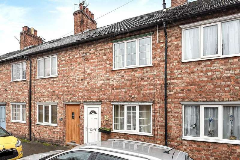 3 Bedrooms Terraced House for sale in Tyndal Road, Grantham, NG31