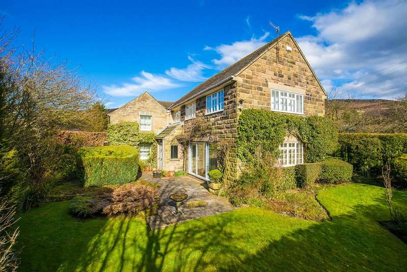 5 Bedrooms Detached House for sale in The Green, Curbar, Hope Valley