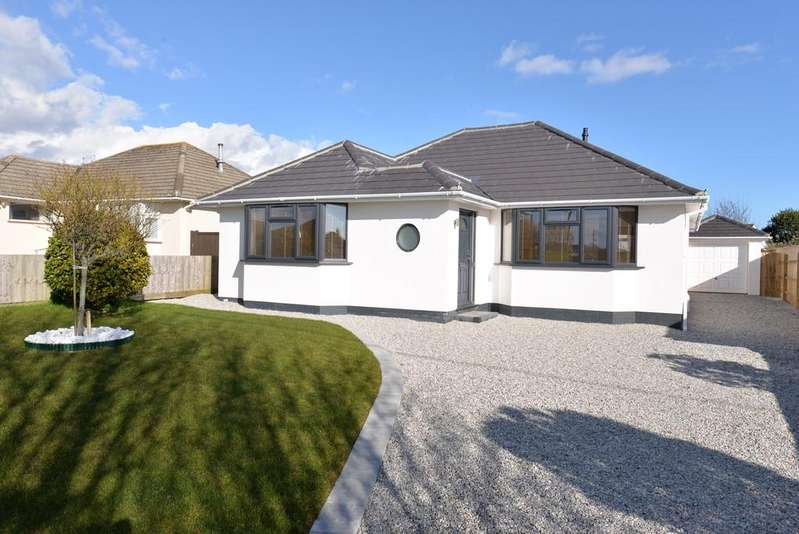 3 Bedrooms Detached Bungalow for sale in Keysworth Avenue, Barton On Sea, New Milton