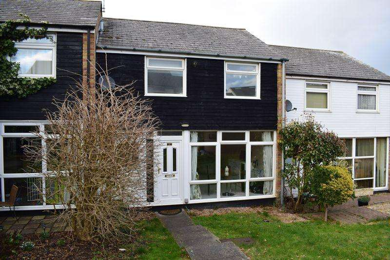 3 Bedrooms Terraced House for rent in Swallows, Old Harlow