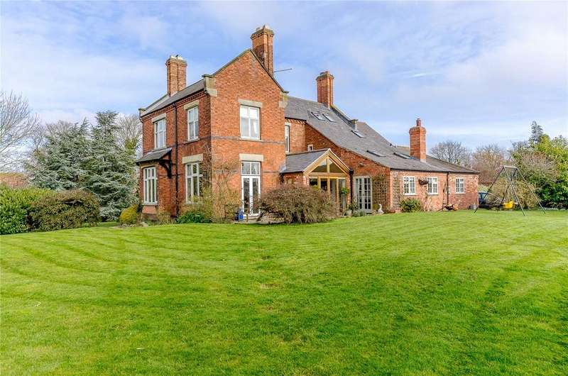 4 Bedrooms Detached House for sale in Fern Road, Cropwell Bishop, Nottingham, NG12