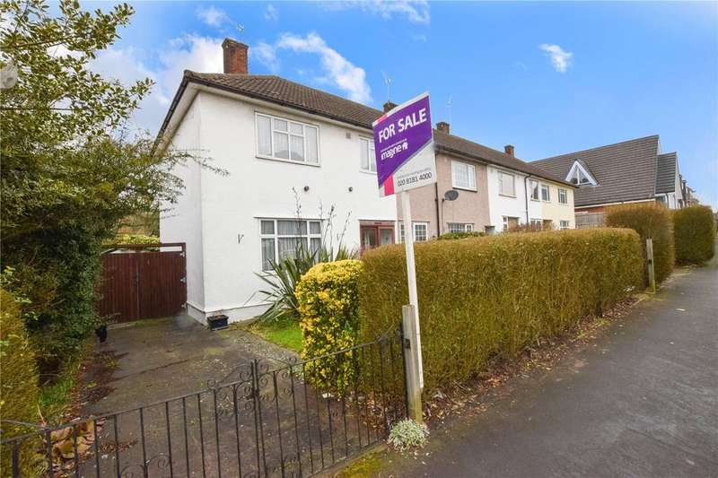 3 Bedrooms Semi Detached House for sale in Prestwick Road, Watford, Hertfordshire, WD19