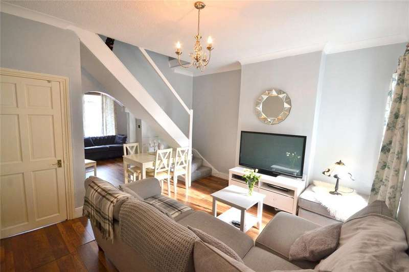 2 Bedrooms Terraced House for sale in Treharris Street, Roath, Cardiff, CF24
