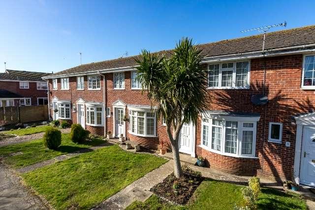 3 Bedrooms Terraced House for sale in Southwark Walk, Aldwick Park, Bognor Regis, West Sussex. PO21 3RR