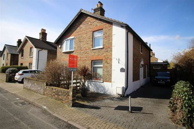 2 Bedrooms Semi Detached House for sale in Victor Road, Penge, London