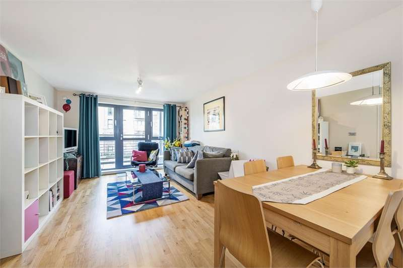 2 Bedrooms Flat for sale in Weightman House, 124A Spa Road, London, SE1