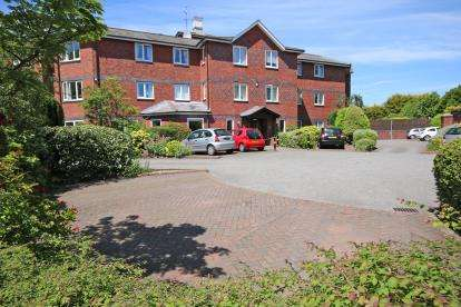1 Bedroom Retirement Property for sale in Hamilton Court, Hinderton Road, Neston, Cheshire, CH64