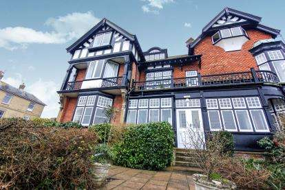 2 Bedrooms Flat for sale in Steyne Road, Seaview, Isle Of Wight