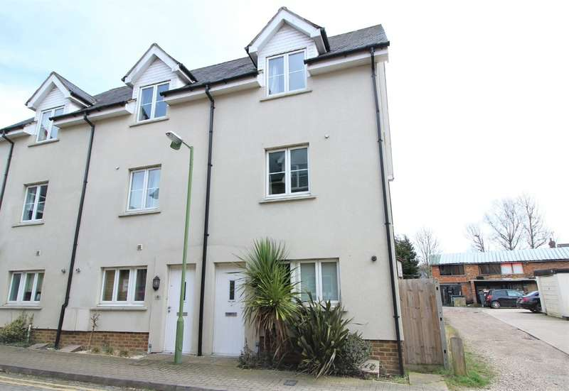 4 Bedrooms End Of Terrace House for rent in Apsley, Hemel Hempstead