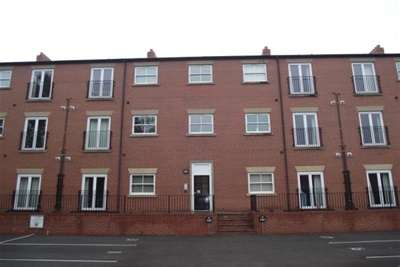 2 Bedrooms Flat for rent in Wycliffe Court, Bewsey Street, Warrington, WA2