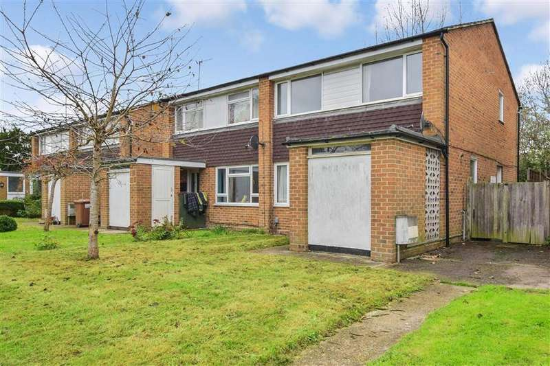 3 Bedrooms Semi Detached House for sale in Mill Close, Horley, Surrey